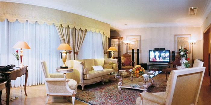 l'hotel esteqlal