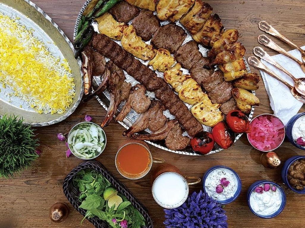 Jooje Kebab ist eines der köstlichsten iranischen Gerichte