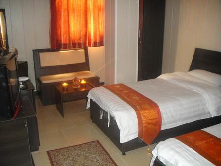 Qeshm Island Apadana Hotel