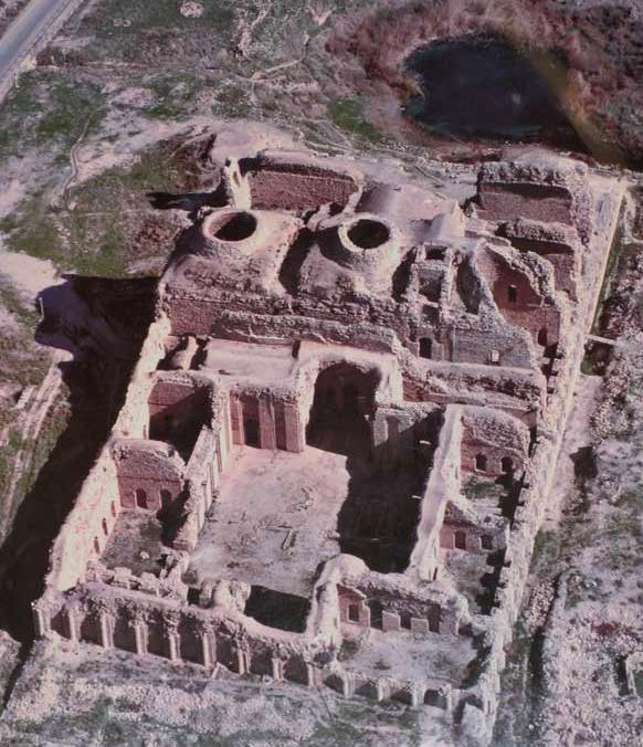 Firouz abad -Ghal'e Dokhtar
