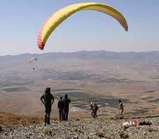 iran,fars,paragliding