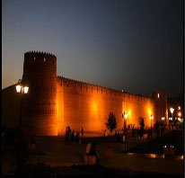 http://key2persia.com/shared/data/pages/lang/iran_travel_guide/central_iran/shiraz/iran_shiraz_arge%20karim%20khan.jpg