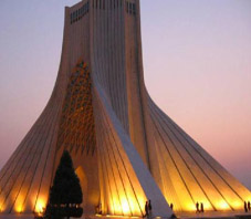 http://key2persia.com/shared/data/pages/lang/iran_travel_guide/tehran/iran_tehran_maydan_e_azadi.jpg